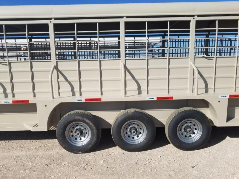 "6'8"" x 32  SB32-37K Livestock Trailer @ Red Barn Trailers"