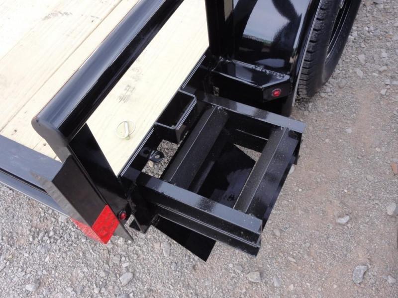 2019 Lamar Trailers Tandem Axle Utility (UT) 3K-7K Utility Trailer @ RED BARN TRAILERS
