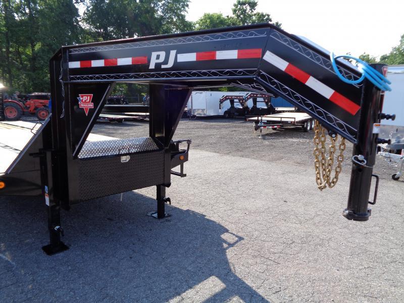 2020 PJ Trailers 30' Low-Pro Flatdeck with Duals (LD) **SCRATCH & DENT**