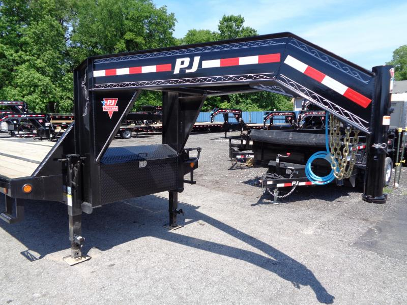 2020 PJ Trailers 32' Low-Pro Flatdeck with Duals (LD)