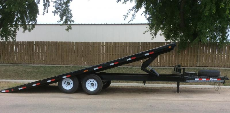 2020 PJ Trailers 22' Deckover Tilt (T8) Equipment Trailer