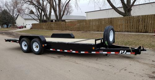 2019 PJ Trailers 20' HD Equipment Tilt 8 in. Channel (TK) Equipment Trailer