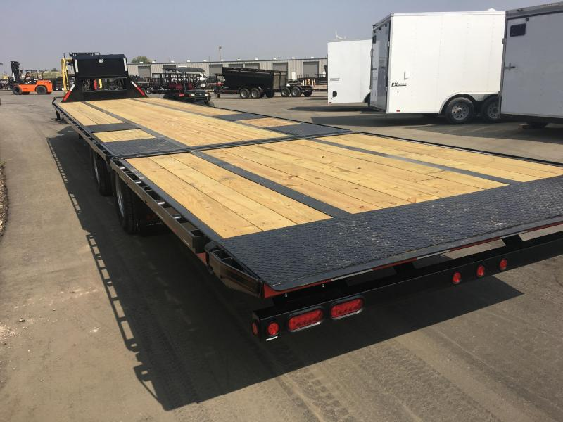 2019 Maxxd Trailers HYDRAULIC DOVETAIL Equipment Trailer