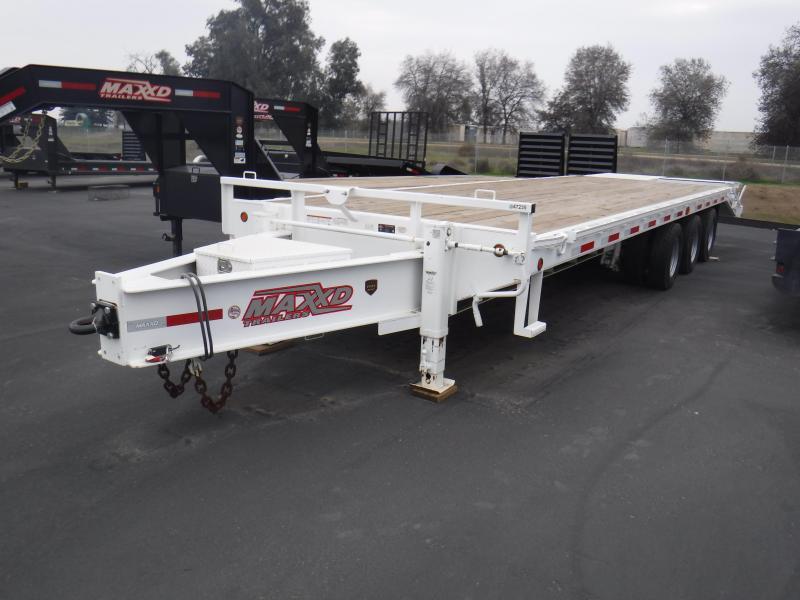 2017 MAXXD MAXXD 40K GN FLATBED Equipment Trailer in Ashburn, VA