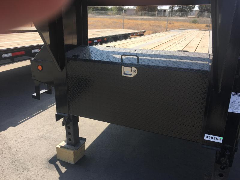 2018 Maxxd Trailers 40K GOOSENECK FLATBED Flatbed Trailer