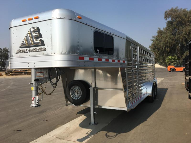 2019 Elite Trailers SHOW CATTLE Livestock Trailer