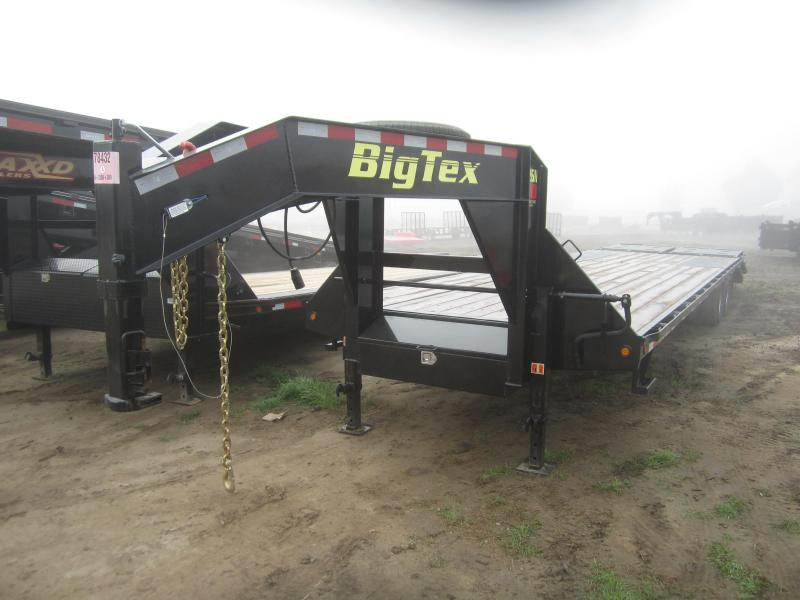 2016 Big Tex Trailers 22GN-28BK5MR Flatbed Trailer