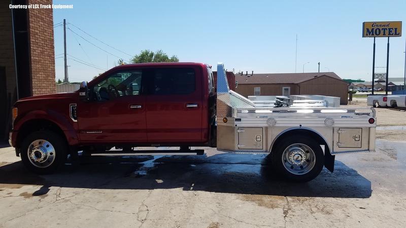 "2018 Hillsboro 4000 Series Aluminum Truck Bed 8'6"" x 6'9"""