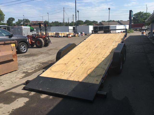 83 X 18 Hydraulic Tilt Equipment Hauler/Flatbed Trailer
