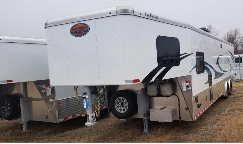 2019 Sundowner 2186GM 41' Pro Series Toy Hauler Trailer