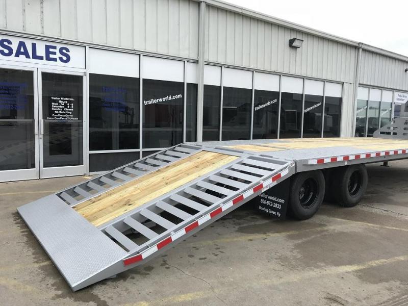 2019 Midsota FBGN 32' Hydraulic Dovetail Flatbed Gooseneck Equipment Trailer