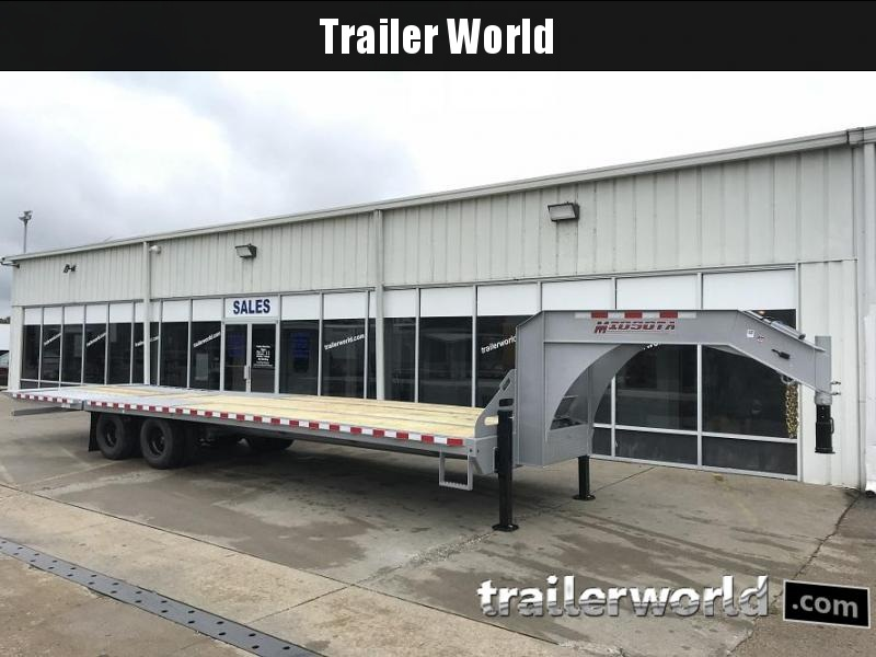 2019 Midsota FBGN 32' Hydraulic Dovetail Flatbed Gooseneck Equipment Trailer in Ashburn, VA