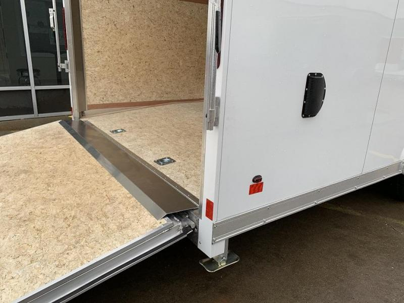 2019 Haulmark HAUV8.5x24WT3 8.5' x 24' x 7' Aluminum Enclosed Car Trailer