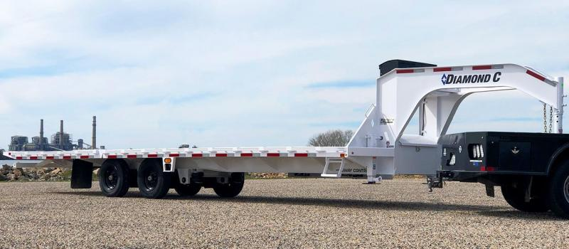 2020 Diamond C FMAX210SS 32' Hydraulic Dovetail Air Ride Trailer