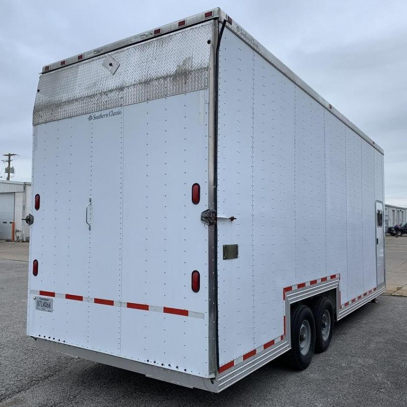 1999 Southern Classic 32' Aluminum Gooseneck Xtra Tall Enclosed Trailer