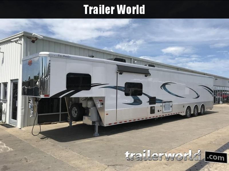 2019 Sundowner Toy Hauler B2586SGM 48' w/ 22' Garage