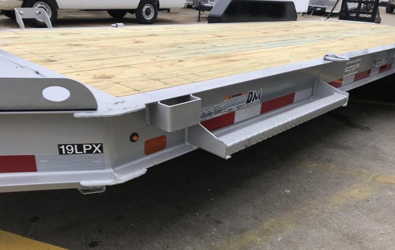 2019 Diamond C 19LPX 20' Equipment Trailer