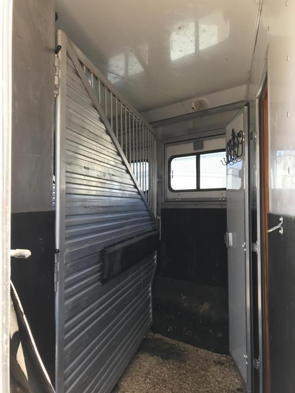 2000 Cato LQ 3 Horse Living Quarters Trailer