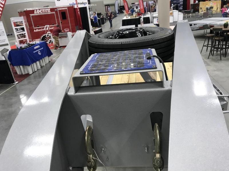 2019 Diamond C FMAX212 40' Gooseneck Flatbed Hot Shot Trailer AIR RIDE