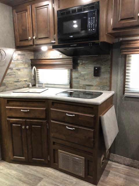 2019 Sundowner 2286KM Krawler Hauler Toy Hauler 18' Open Bed