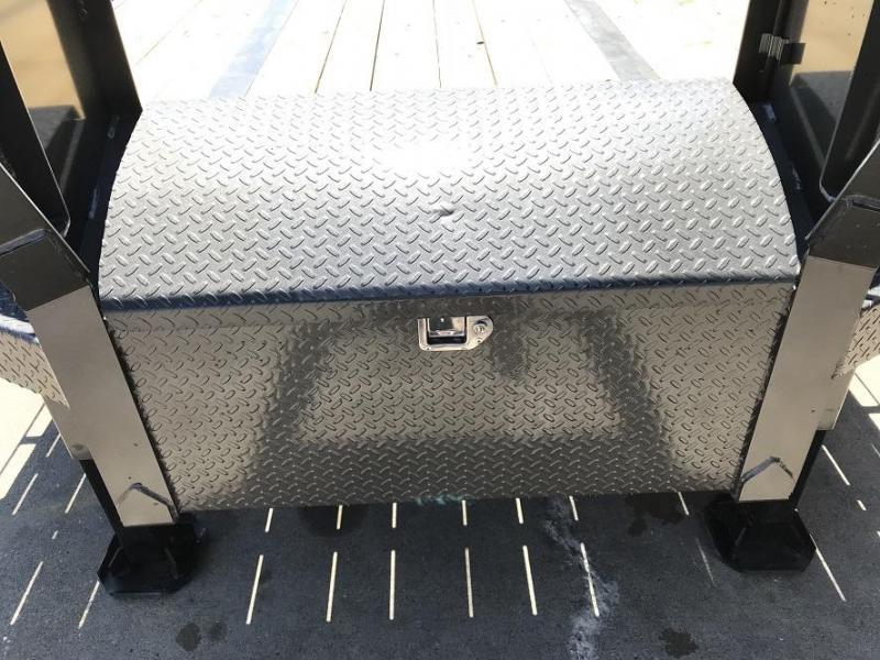 2019 Diamond C FMAX212 40' Hydraulic Dovetail Gooseneck Trailer 25900GVWR HYD DISC Brakes