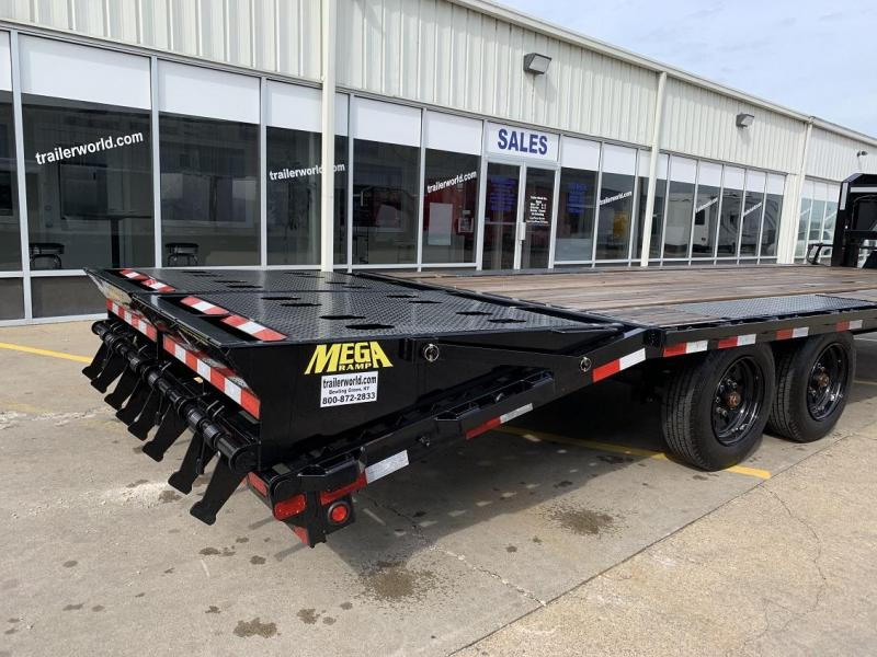 2019 Big Tex Trailers 16GN 25 Equipment Trailer