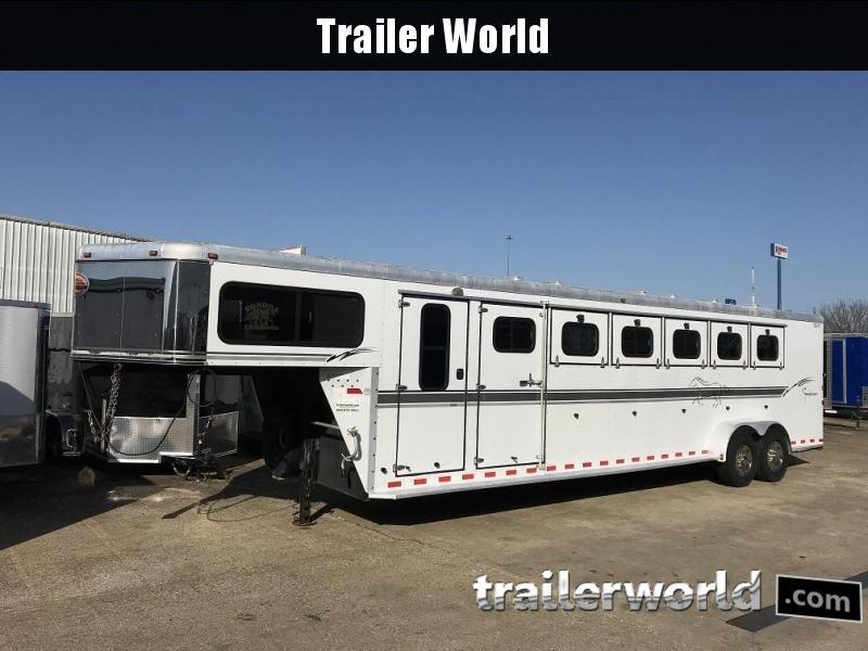 2003 Sundowner SunLite 6 Horse Trailer