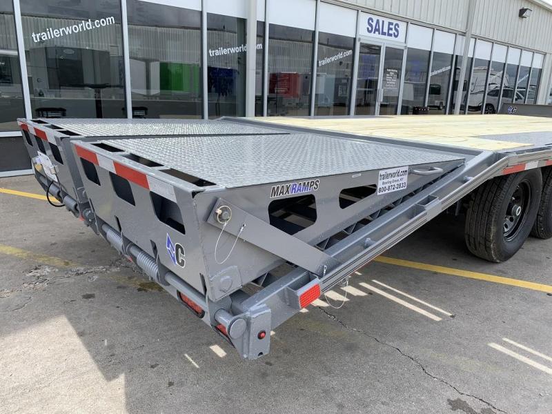 2019 Diamond C DEC207 24' Deck Over Equipment Trailer
