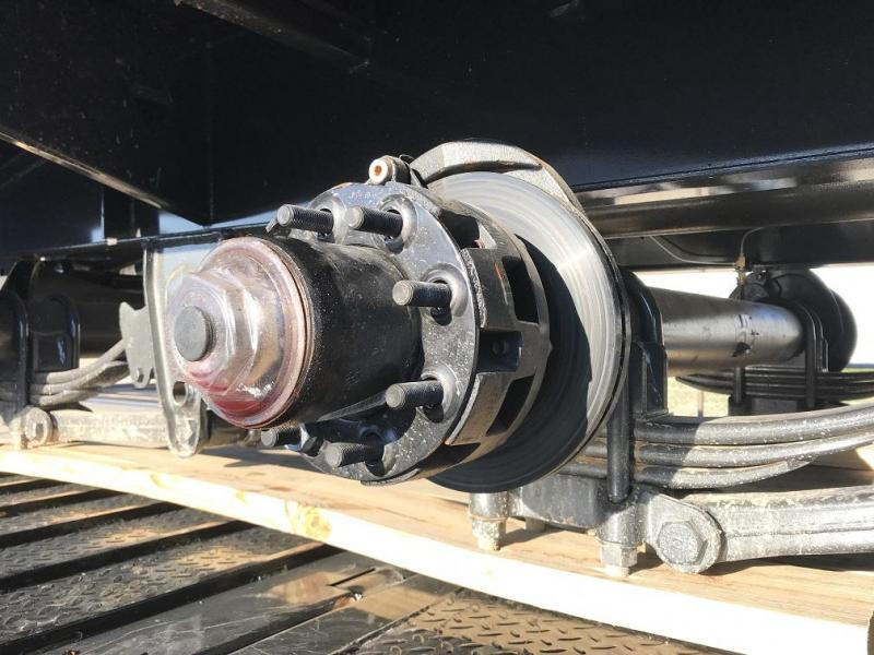 2019 Diamond C FMAX212 32' Hydraulic Dovetail Gooseneck Trailer 25900GVWR