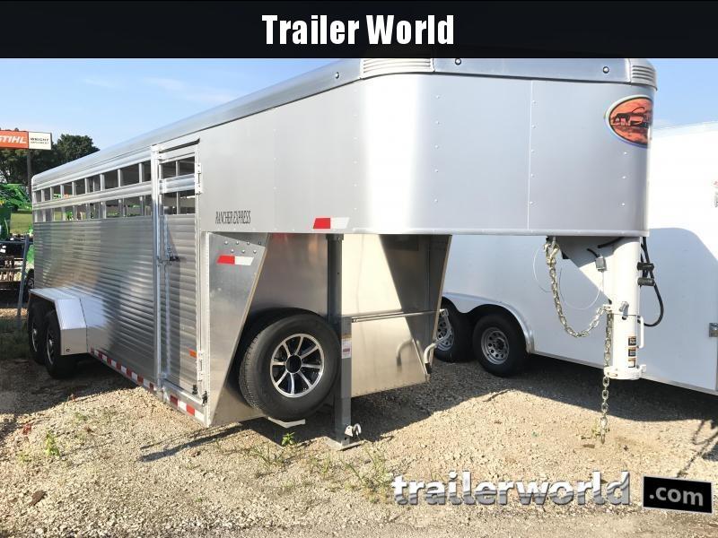 2018 Sundowner Rancher Xpress 20' Livestock Trailer