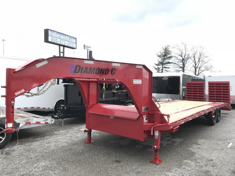 2018 Diamond C FMAX207 28' Gooseneck Equipment Trailer