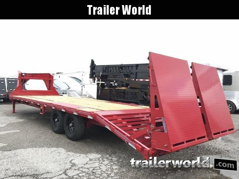 2018 Diamond C FMAX207 28' Gooseneck Equipment Trailer