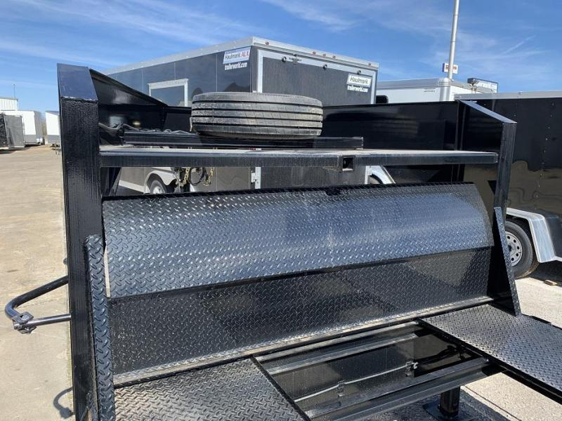 2019 Diamond C MVC 38' Gooseneck Open 2 Car Gooseneck  Trailer