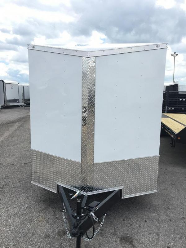 2019 CW 7' x 18' x 6.5'  Vnose Enclosed Cargo Trailer Ramp Door 10k GVWR