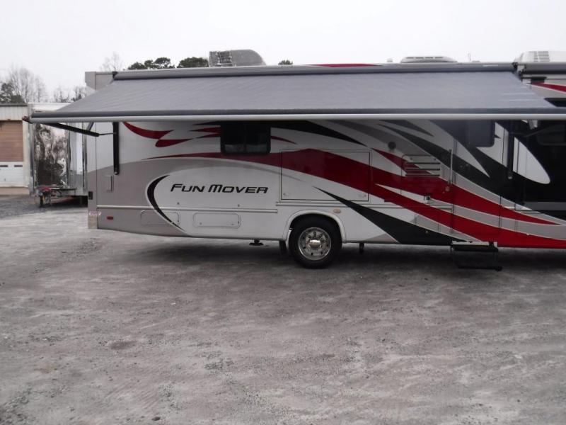 2008 Thor M-34Y Class C RV