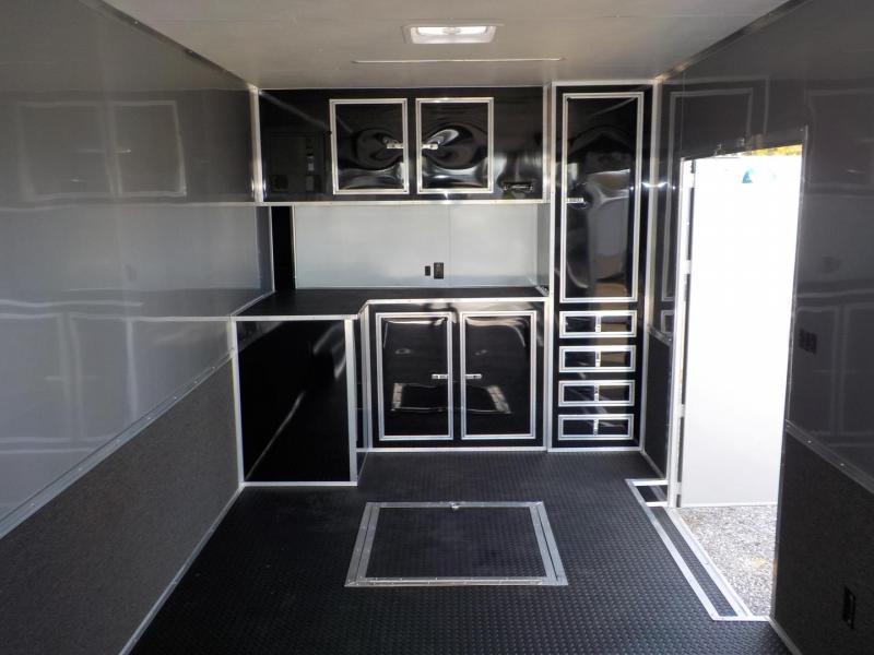 2019 Cargo Mate GAEL8.5X32TTA4 Car / Racing Trailer