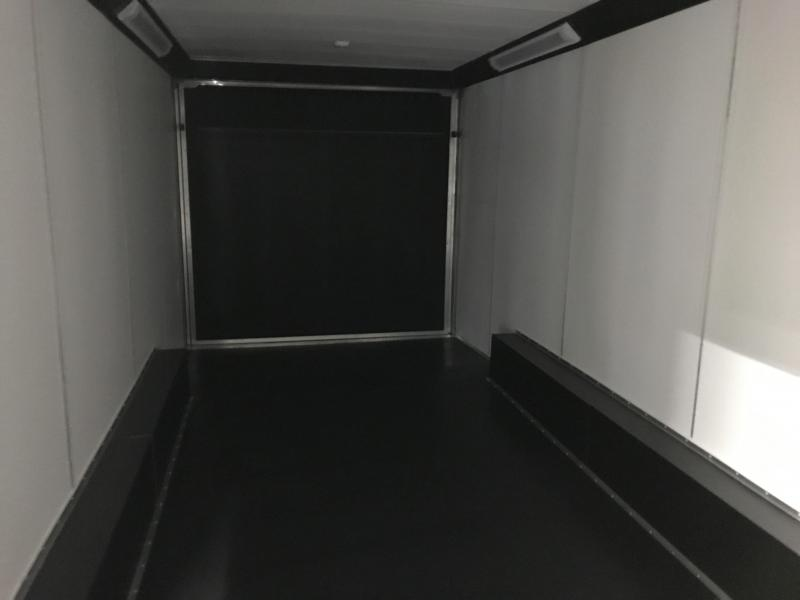 2019 United Trailers UXT 8.5X24 Enclosed Cargo Trailer... STOCK# UN-166223