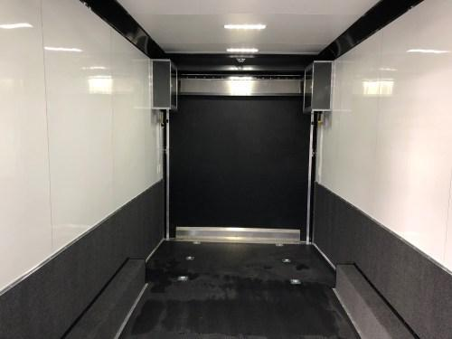 2018 United USH-8.5X28 Wide Body Tag Flat Top....Stock# UN-160951