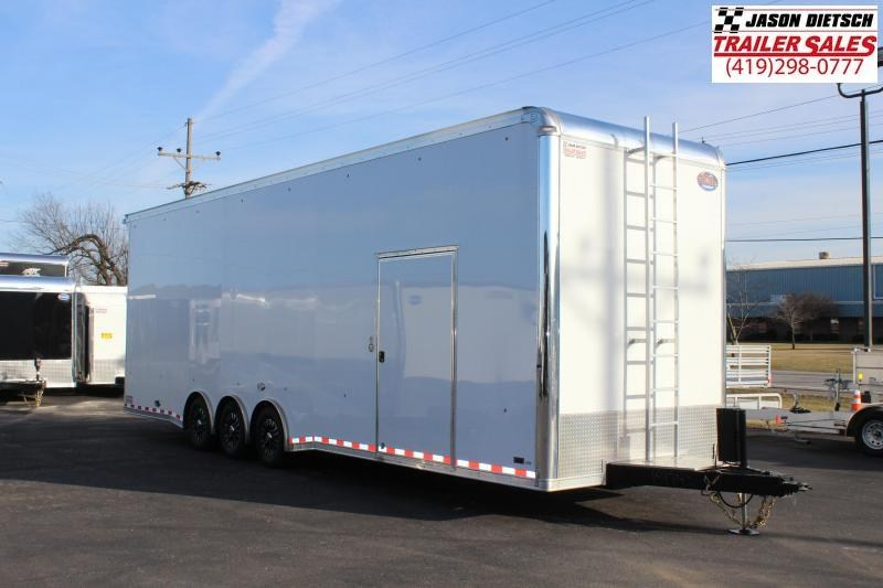 2017 United Trailers 8.5X32 SPRINT Car / Racing Trailer