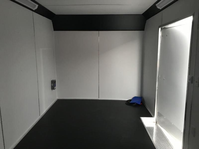 2019 United Trailers UXT 8.5X24 EXTRA HEIGHT Enclosed Cargo Trailer... STOCK# UN-166222