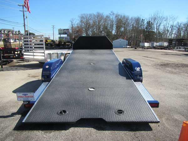Diamond C 82 x 20 Custom Tilt Trailer