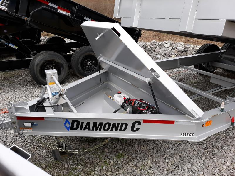 2018 DIAMOND C 24LPDL 16X82 17.5'S