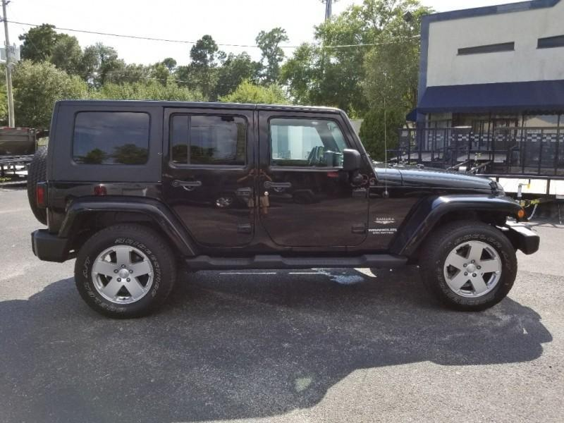 2010 Jeep WRANGLER UNLIMITED SAHARAH SUV
