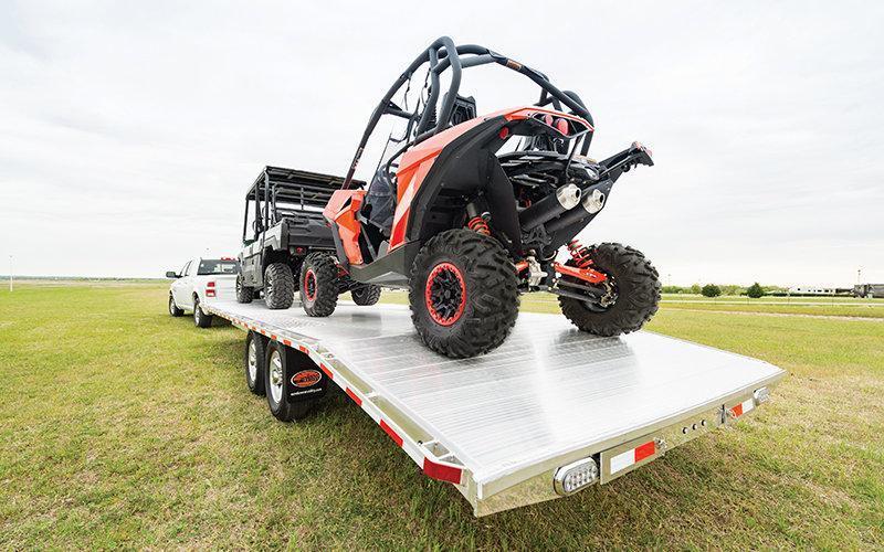 2019 Sundowner Trailers 9624 Deckover Equipment Trailer