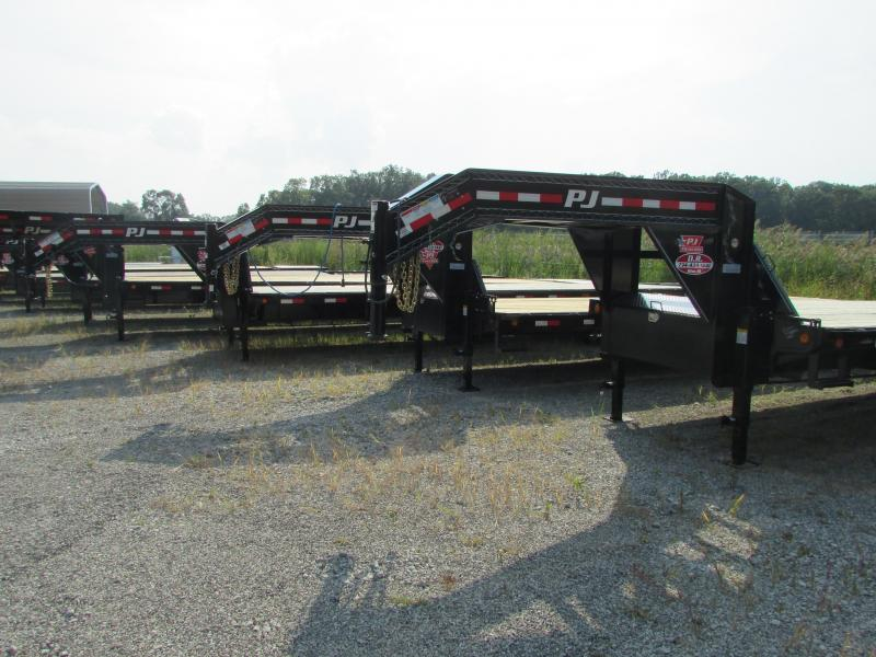 2018 PJ Trailers 25 Gooseneck Equipment Flatbed Trailer