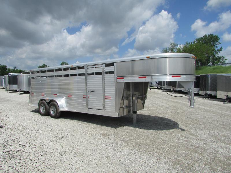 2019 W-W Trailer 20 STOCK Livestock Trailer in Ashburn, VA
