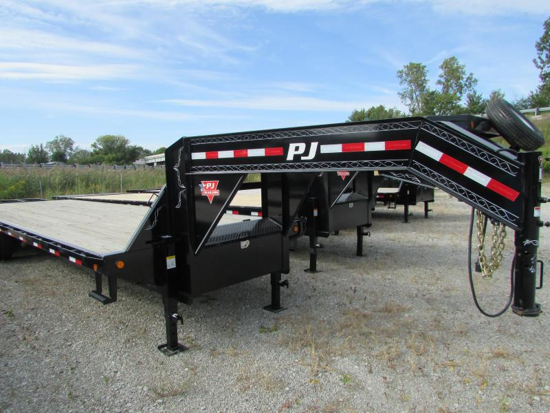 2018 PJ Trailers 28 Gooseneck Equipment Flatbed Trailer