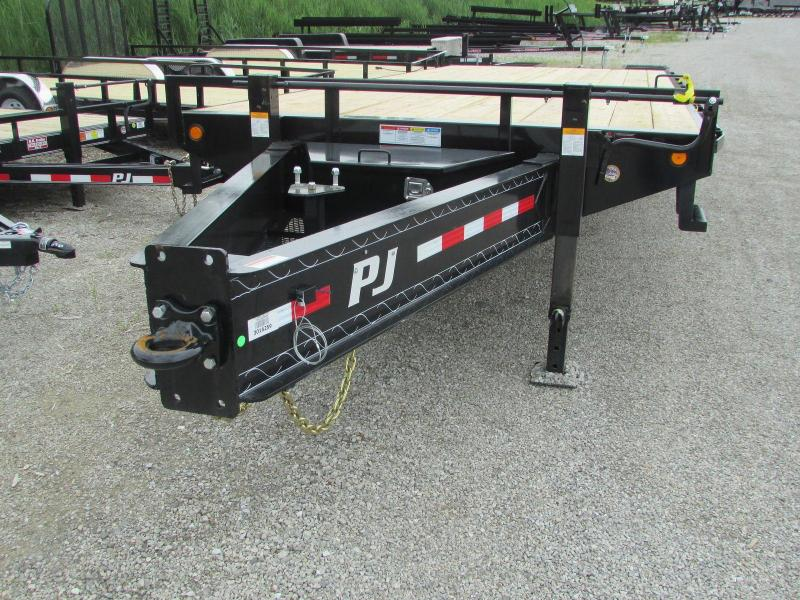 2018 PJ Trailers Equipment Dually Pintle Flatbed Trailer