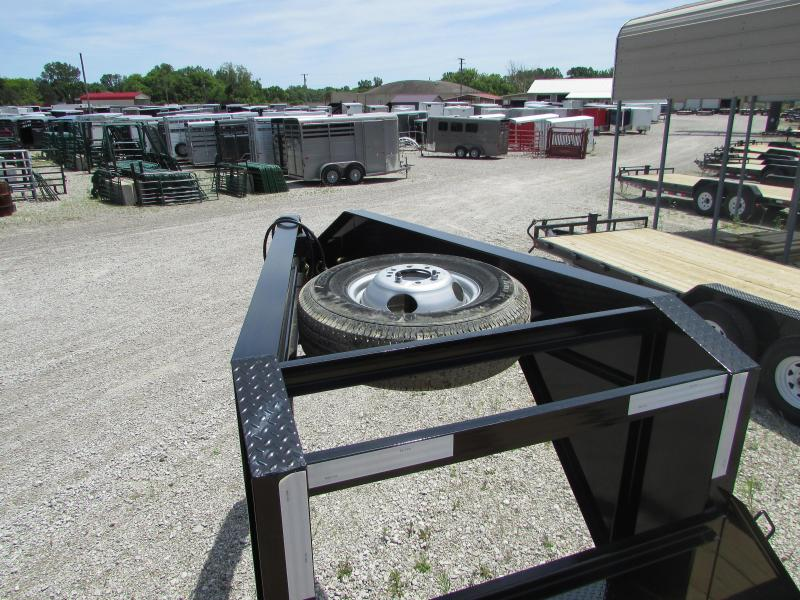 2019 PJ Trailers 32 FT Gooseneck 3 Ramp Flatbed Trailer