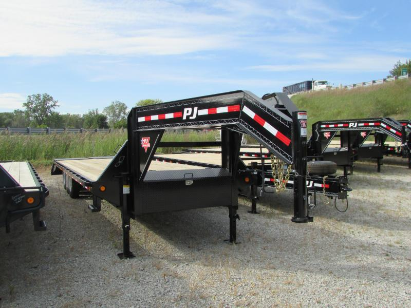 2019 PJ Trailers 32 Equipment Gooseneck Flatbed Trailer